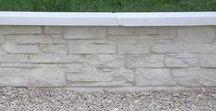 Muret de clôture pierre sèche monobloc / Muret de clôture monobloc droit, aspect pierres sèches, en pierre reconstituée ou béton préfabriqué.