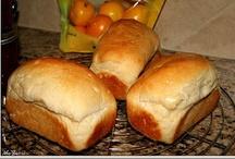 Bread, rolls, crackers n stuff / by Naya .