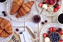 Food / Breakfast, lunch, dinner, table setting   #recipe #breakfast #lunch #dinner #bread #meat #fish #vegetables #cooked #rosted #fresh #glutenfree #sugarfree #protein #fruit