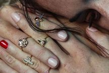 Rock your fingers / Auricular and annular rings in precious stones , mounted in gold