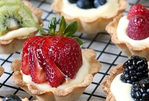 Desserts. Yummmmm / by Meridith Beird