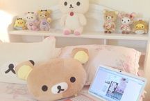 Bedroom Stuff / I love pink dedroom with a cute pillows