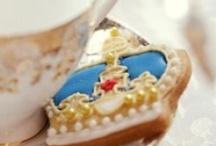 Queen Elizabeth II 60th Diamond Jubilee / by Elizabeth Hansen
