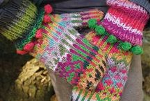 KNITTING HATS AND ACCESSORIES / by Sandy Lougee