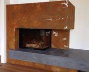 Moderne Kamine mit edler Verkleidung / Bestimmte exklusive Wandbeschichtungen von VOLIMEA sind wärmebeständig.  Schon viel-hundertfach werden diese Wandbeschichtungen als edle Verkleidungen für moderne Kamine eingesetzt. Als Hersteller von Wandbeschichtungen und Edelputzen sind wir immer wieder begeistert, welche tollen Werke die von uns geschulten Verarbeiter wie Maler, Raumausstatter, Fliesenleger usw. erschaffen