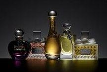 Parfums / bouteilles et images de parfums de toutes epoques