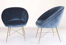 Székek // Chairs