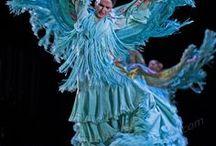 Танцы, танцы, танцы... / Пластика и страсть. Растворение и жизнь. Озорство и дружба. Истории, рассказанные танцем...