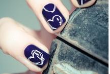 Oh pretty fingernails =) / by Lynnette Soltwedel