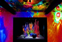 Love Chihuly Glass Art / Dale Chihuly's glass art offers uinqueness, fluidity and a refreshing approach to taking hand blown glass to a different dimension.