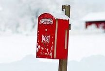 Mailboxes in the Garden / Mailboxes in the Garden? Take a look at these great ideas, and I'm sure you will be looking for you one on your next junking trip.