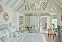 bedrooms / by Kimberly Hansen