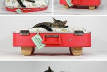 Suitcases / just because suitcases are super cute / by Deanne Evans