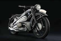 Motorcycles / by Peter Chilton