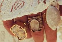 [ J E W E L R Y ] / Unique & beautiful pieces of jewelry. / by Abbie T. ☮