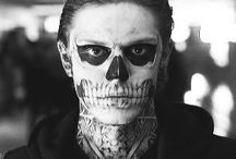 """American horror story / """"If you look in the face of evil, evil's gonna look right back at you."""""""