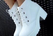 Chaussure fille  / Mode tendance ... comme DAB !!!:-))))