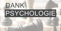 PSYCHOLOGIE / Du möchtest beruflich richtig durchstarten, dich beruflich entwickeln und Karriere machen? Dann solltest du diese psychologischen Fakten und psychologischen Tricks kennen. Sie schützen dich vor negativer Manipulation oder helfen dir zum Beispiel dabei eigene blinde Flecken aufzuspüren. Werde dein eigener Psychologe und Psychotherapeut