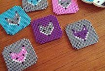 Enfants - Perles / Activités Enfants - DIY - Faits Maison autour des perles (bracelets, perles fondues, perles à repasser, aquabeads, ...)