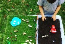 Enfants - Invitations A Jouer / Activités Enfants - plateaux bacs - invitations à jouer à créer