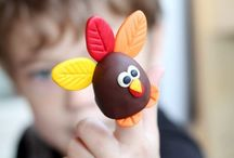 Thanksgiving / Thanksgiving Crafts and Activities for Kids.  Easy Turkey Crafts, Thankful Activities
