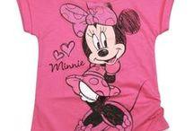 Minnie Disney / Une sélection de produit fun et tendances pour être à la pointe de la mode et de la décoration sur l'univers de Minnie pour votre plus grand plaisir. Retrouvez nos produits de mode, maroquinerie, accessoires, puériculture, déco, figurines de collection, etc ... pour sublimer votre maison ou la chambre pour le plaisir des enfants mais aussi des plus grands ! Ce sont que des produits de qualité pour votre plus grand bonheur, de quoi faire des envieux !