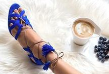 Style: Delicious Shoes / This is a book dedicated to my love of shoes.....