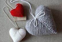 HEARTS: crocheting & knitting / by Darievna