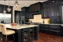 dream kitchen / by Kelli Looney