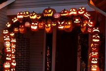 Sweet and Spooky Halloween Decor / It's the time of year for Tricks and Treats. Make sure your house shows off your festive spirit!