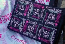Personalized Diaper Bags / by The Dreamy Daisy