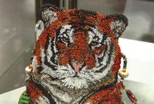 BEADED BAGS & OTHER OBJECTS / by Ronni Rittenhouse