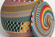 BASKETS AS ART - VIVID CONTRASTING COLORS / by Ronni Rittenhouse