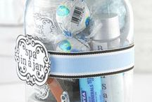 Secret Santa in a Jar Ideas / Finding a $5 gift for a Secret Santa can be such a drag. Here's a bunch of ideas of things you can pop in a decorated jar that will make the recipient smile and will be just that little bit different.