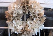 Wreaths to Make ! / by Andrea Malnar