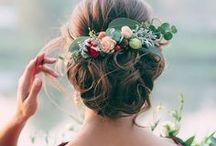 Virágos hajdísz