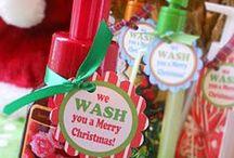 Cute Gift Ideas / by Alissa Mahnke
