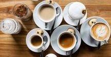 Geschenke für Kaffeeliebhaber / Geschenkideen für alle Kaffee-Nerds und Koffeinsüchtigen findest du hier. Zusätzlich sammle ich wertvolle Tipps und Tricks zum Thema Kaffee. Schaue doch mal rein!