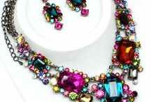 Jewelry I Love / by Lynnette Cooper