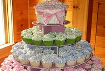 Cookies, Cupcakes and Dessert / by Danae Mel.