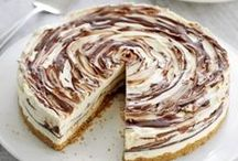 DESSERT DISCO: Cheesecake / Who doesn't love the smooth, creamy richness of homemade cheesecake?