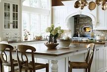 Home: Kitchens / by Nancy Lago