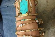 bijoux / accessories to complement life