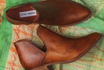 Shoes / Feet wear.