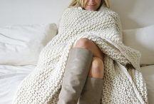 :: knitting ::