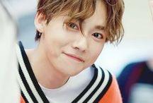x Kim Jinwoo