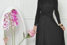 Rochii feminine - colectia 2018 / Descopera calitatea produselor fabricate in Romania de designeri sau ateliere autohtone!  Modele pentru orice silueta - rochii de la XS pana la modele 4XL.