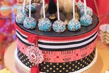 Circus and Carnival Party Ideas / All the circus, big top, fair or carnival themed birthday party ideas you could ever desire! Circus and carnival Food, themes, carnival and circus party decor, dessert, supplies, tips, tutorials, cakes, cupcakes & more! See more at karaspartyideas.com