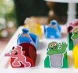 Sesame Street Party Ideas / Favors | Decorations | Food | High Chairs | DIY | 1st Birthday | Printables | Games | Invitations | Favors | Table | Centerpieces
