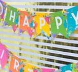 Party Banners, Backdrop, and Balloon Ideas / Party banner & garland ideas! Lots of DIY projects, tutorials, designs, supplies and more! Perfect party banners for weddings, birthday parties, baby showers and more! See more at karaspartyideas.com